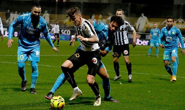 Angers om